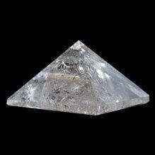 Pirâmide de Quartzo Cristal Média