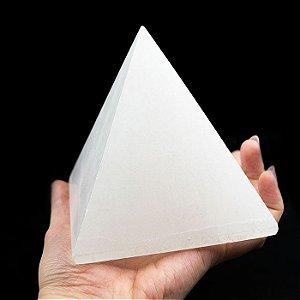 Pirâmide de Selenita Branca 850g
