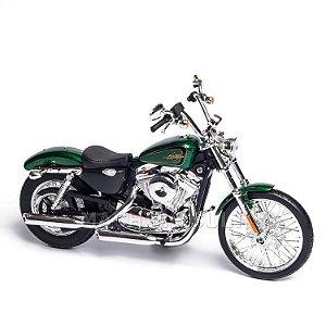 Miniatura Harley-Davidson 2013 XL 1200V Seventy Two - Maisto 1:12