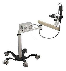 Colposcópio Trinocular 05 Aumentos Com Câmera - CPM7008TC LD