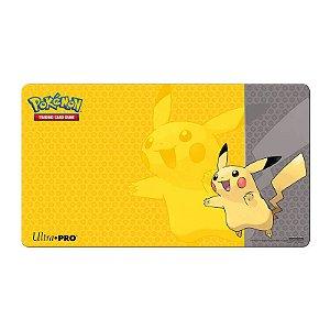 Pokémon TCG: Playmat Oficial Ultra PRO - Pikachu