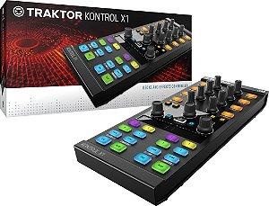 Controlador Traktor X1 + Case