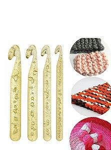Kit de Agulhas de Plástico para Crochê com 4 unidades