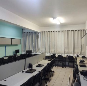 Cortina Blackout Sala de Informática