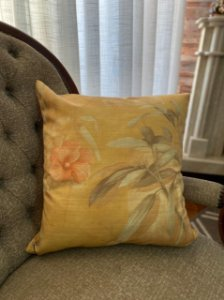 Almofada Amarela Floral 45x45cm