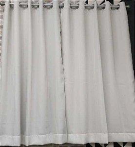 Cortina de Voil com forro de blackout