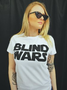 Camiseta Feminina Blind Wars