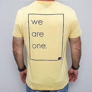 Camiseta Slim We Are One Amarela