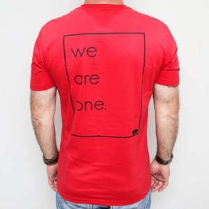 Camiseta Slim We Are One Vermelha