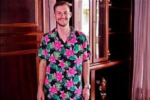 Camisa floral com rosas