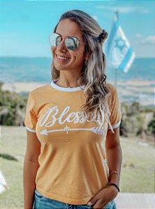 Camiseta Blessed Amarela