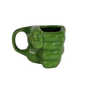 Caneca Formato 3D Mão Hulk - Zona Criativa
