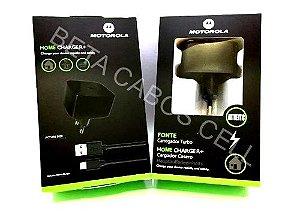 Carregador Celular Tomada V8 Turbo (EMBA. VERDE) com 1 USB MOTOROLA Home Charger Fonte e Cabo EMBA. VERDE