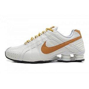 Nike Shox Junior Branco e Dourado
