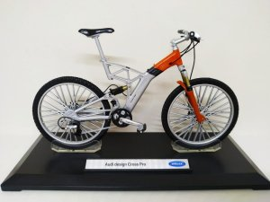 Bicicleta Audi Design Cross Pro Cinza e Laranja - Welly 1:10