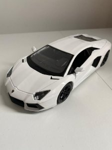 Lamborghini Aventador LP 700 Branca 1:24