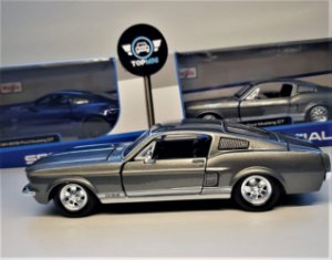 Ford Mustang GT 1967 Cinza - Maisto 1:24 Special Edition