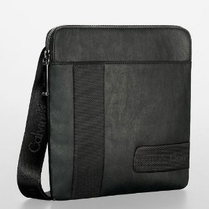 Bolsa Calvin Klein Gibson Flat Pack Bag - Black