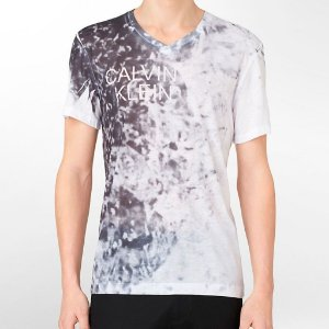 Camiseta Calvin Klein Masculina Sublimination Logo V Neck Tee - White