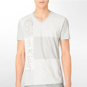 Camiseta Calvin Klein Masculina Vertical Striped V Neck Tee - Grey