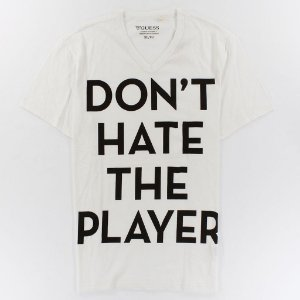 Camiseta Guess Masculina Player Slogan V Tee - True White