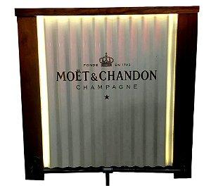Balcão Barzinho de Telha - Luz de Led - Moet & Chandon