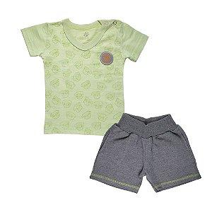 Conjunto Camiseta Gola V e Bermuda Infantil Menino Verde