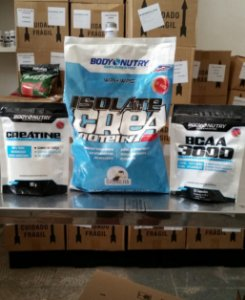 Kit massa completo (Isolate Protein 900g + BCAA 50 + Creatina)