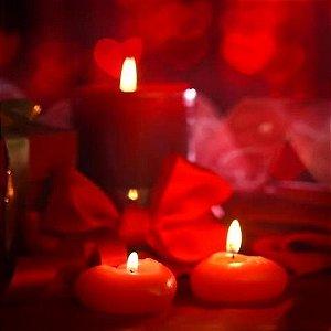 Kit com 10 velas vermelhas em formato de coração