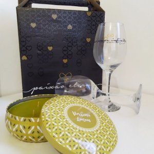 Kit Presente Vela decorativa com aroma de Jasmin + Taça