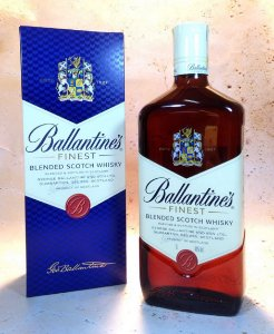 Whisky Ballantine's finest 1 litro