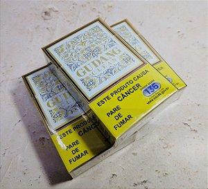 Cigarro Gudang Garam Clean