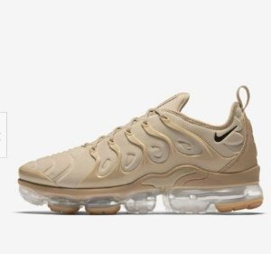 TÊNIS NIKE AIR VAPORMAX PLUS - CREME