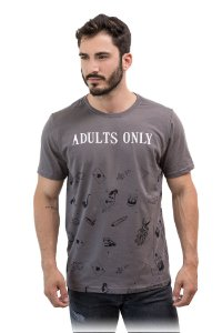 CAMISETA MANGA CURTA ESTAMPA ADULTS ONLY CHUMBO