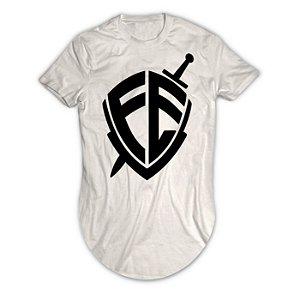 Camiseta Longline Escudo Fé