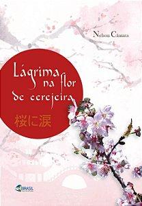Lágrima na flor de cerejeira