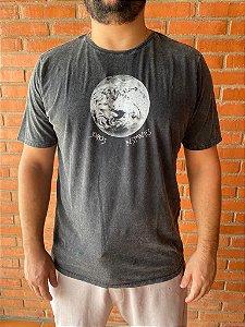 T-shirt somos instantes preto marmo