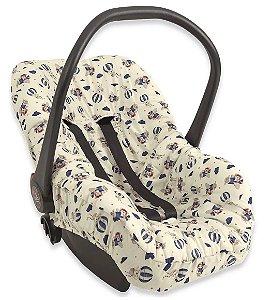 Capa para Bebê Conforto Voando Entre as Nuvens - Hug