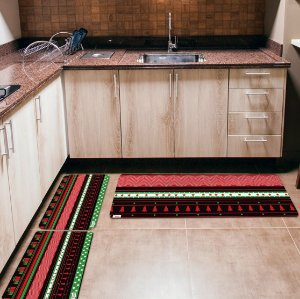 Kit 3 Tapetes de Cozinha Yuzo Natal Geométrico Colorido