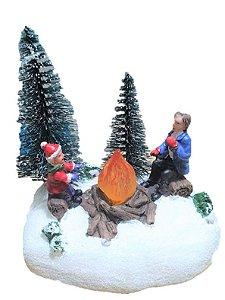 Vila Natalina - Mini cenario de Natal com fogueira e luz de led