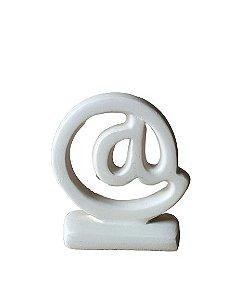 Escultura @ Arroba em Ceramica Nude
