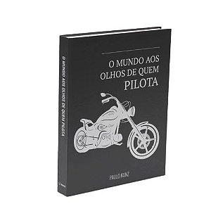 CAIXA LIVRO METALIZADO - O MUNDO AOS OLHOS DE QUEM PILOTA