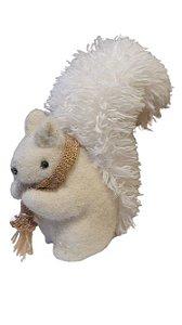 Esquilo Creme com cachecol