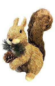 Esquilo em Palha com rabo em pelucia