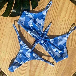 Top nó + calcinha dupla Geométrico Azul