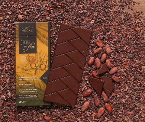 Tablete chocolate cacau em flor 70 %