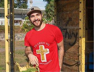 Camiseta Vermelha Deus do Impossível