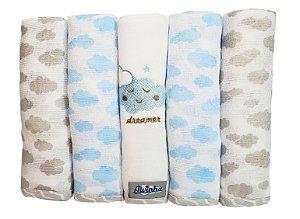 Fralda com bainha e bordado - nuvenzinha azul - Pacote c/ 5 unid. - Alvinha - Ref.: 5962