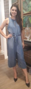Macacão Jeans Midi Feminino com Abertura nas Costas