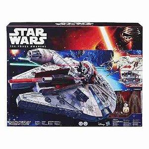 Veículo Star Wars Nave Han Sol Millenium Falcon Hasbro B3678